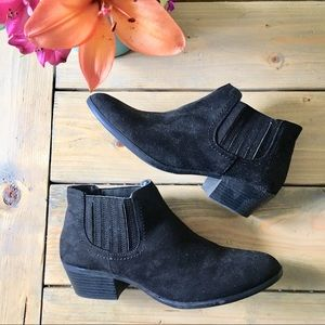 American Eagle Shanna Black Booties 9.5 Wide
